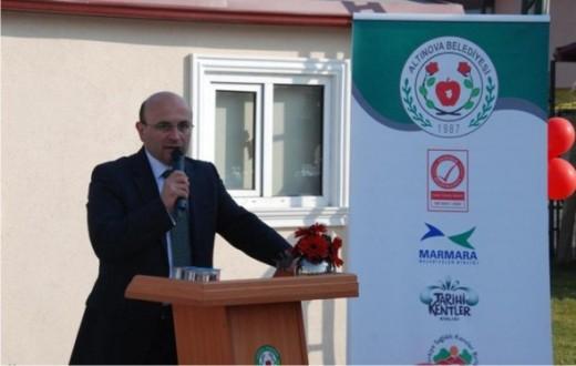 Bulgaristan ve Makedon Çocuklar Altınova'da