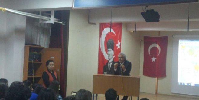 """Prof. Dr. Bilal Gökkır """"Akademik Başarı ve Kariyer Günleri' Söyleşisine Katıldı"""