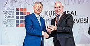 Aksa Akrilik, kurumsal yönetimin zirvesine çıktı