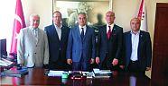 YTSO Yönetim Kurulu ile Gıda Komitesi Üyeleri Emniyet Müdürü Hüseyin Ümit Yüksel'i makamında ziyaret ettiler.