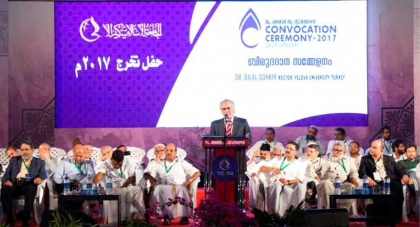 Yalova Üniversitesi Rektör Vekili Prof. Dr. Bilal Gökkır Hindistan'da bulunan Al Jamia Al Islamiya Üniversitesi Mezuniyet Töreni Şeref Konuğu Oldu.